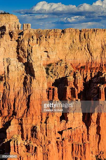 rim cliffs and hoodoos lit by late afternoon sun in winter, paria view, bryce canyon national park, utah, united states of america, north america - paria canyon stock pictures, royalty-free photos & images