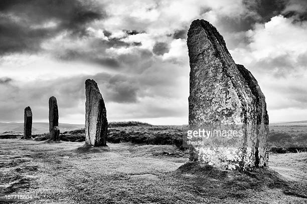 ring of brodgar, orkney - theasis stock pictures, royalty-free photos & images