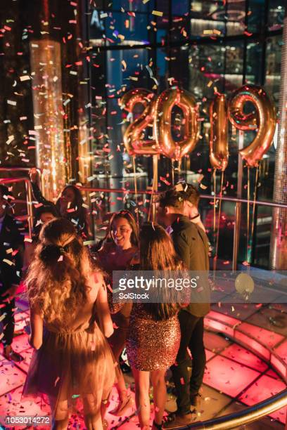 ringing in the 2020 new year! - 2019 foto e immagini stock