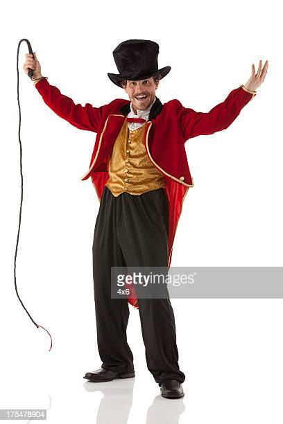 Direttore di circo Performing con frusta