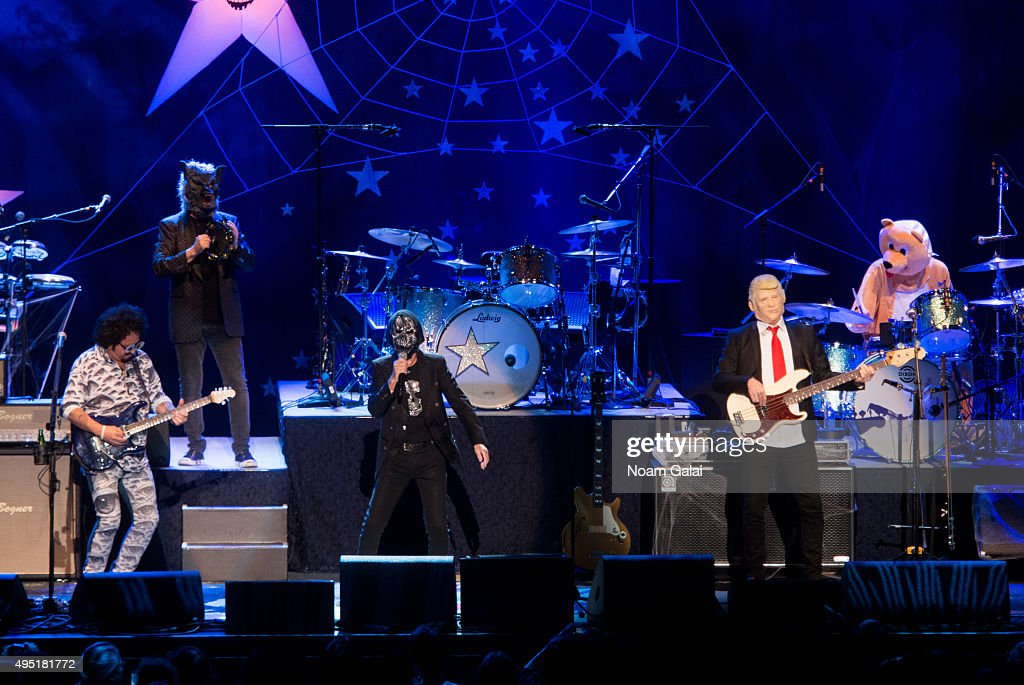 Ringo Starr (C) and His All-Starr Band perform at Kings Theatre on October 31, 2015 in the Brooklyn Borough of New York City.