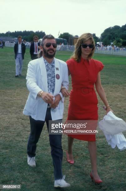 Ringo Starr et sa femme Barbara Bach lors du trophée de Polo Cartier le 27 juillet 1986 à Windsor RoyaumeUni