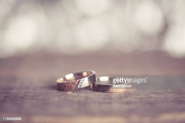 rings - wedding ring stock pictures, royalty-free photos & images