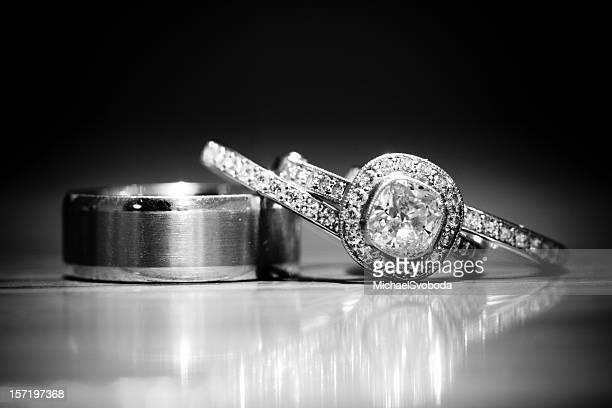 B&W Rings