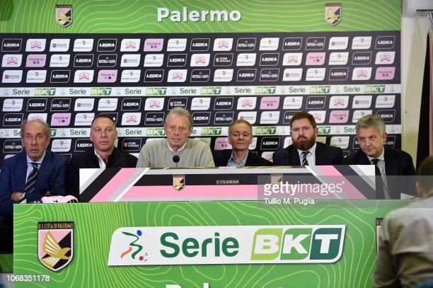 Rino Foschi, Maurizio Zamparini, David Platt, Clive Richardson, Sheehan James and Maurizio Belli answer questions during a press conference at Stadio...