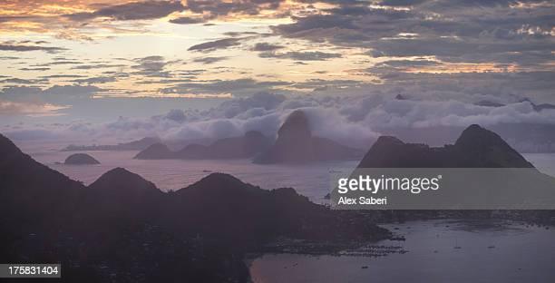 rio de janeiro and sugarloaf mountain and christ the redeemer statue. - alex saberi photos et images de collection