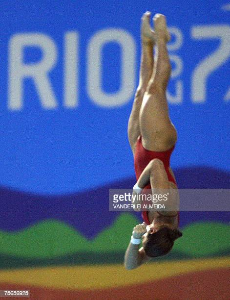 Brazilian Juliana Veloso dives from the women 10m platform to win the bronze medal 25 July 2007 in the XV Pan American Games Rio 2007 in Rio de...