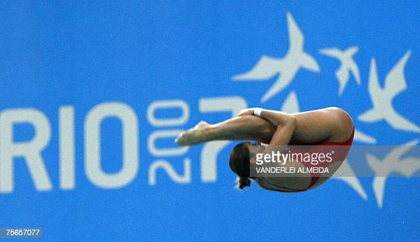 Brazilian Juliana Veloso dives from the women 10m platform to win the bronze medal 25 July 2007 in the XV Pan American Games Rio 2007 in Rio de...