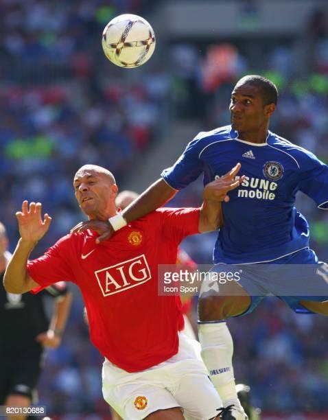 Rio FERDINAND / Florent MALOUDA Manchester United / Chelsea Community Shield Wembley Londres