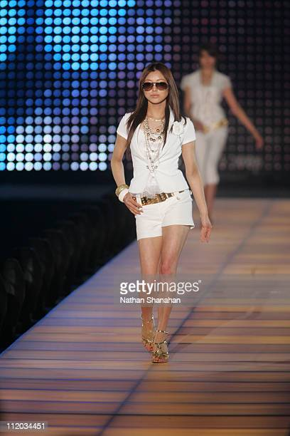 Rio Matsumoto wearing CECIL McBEE during the Tokyo Girls Collection by girlswalkercom 2006 Spring/Summer