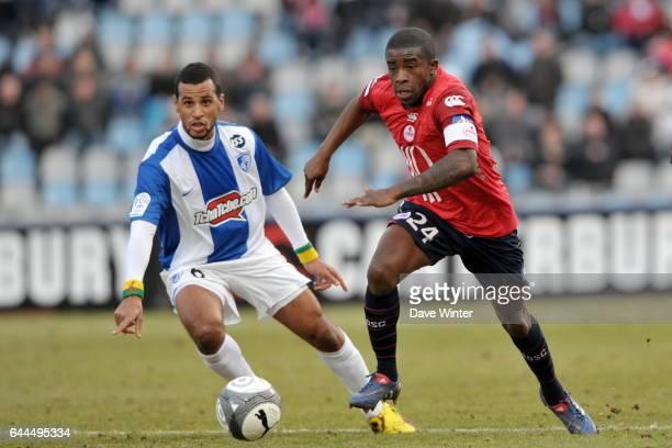 Rio MAVUBA / Jacques Alaixys ROMAO Lille / Grenoble Ligue 1 28eme journee Stadium Nord Villeneuve D'ascq Photo Dave Winter / Icon Sport