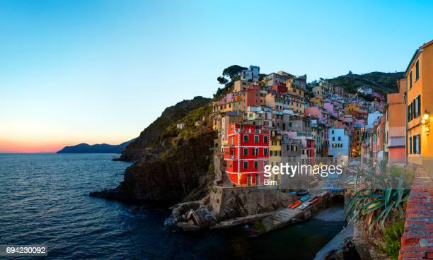 riomaggiore at dusk - seascape stock pictures, royalty-free photos & images