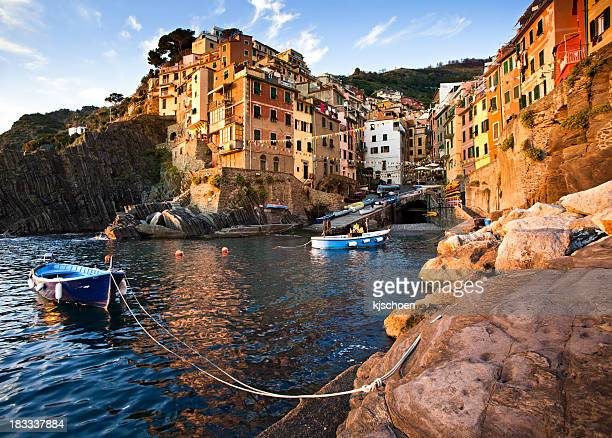 Riomaggiore Italie Cove au crépuscule