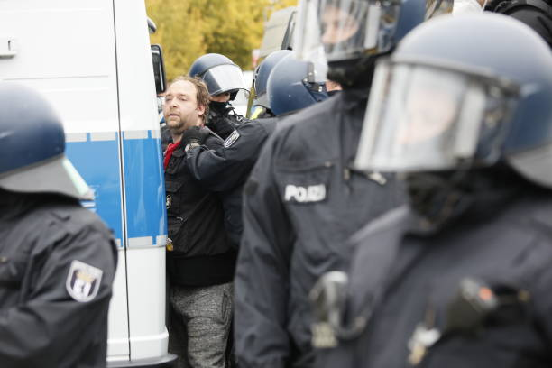 DEU: Police Attempt Eviction Of Köpi Squatters