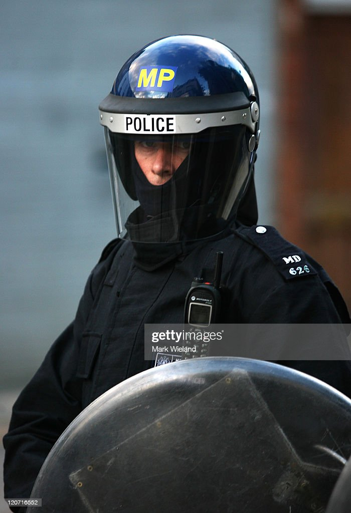 Riots And Looting Continues Across London : News Photo