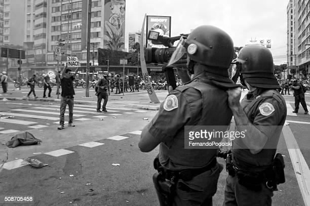 polícia anti-choque - autoridade - fotografias e filmes do acervo