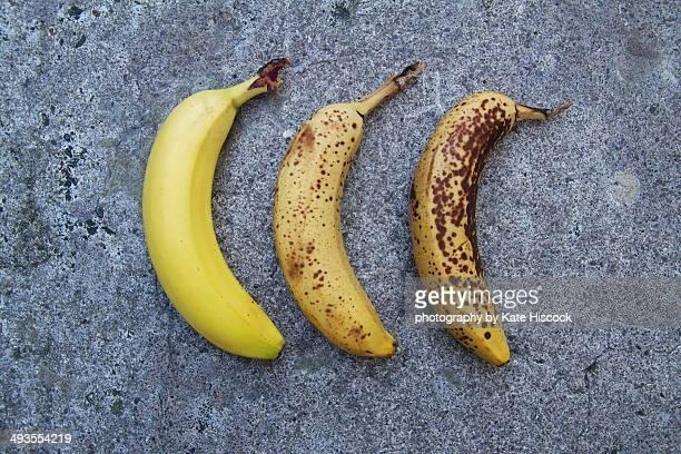 Ripe banana, old banana, bad banana