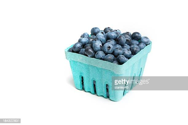 ripe blueberries, in a pint sized box - box container stock pictures, royalty-free photos & images