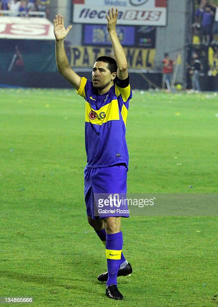 Riquelme of Boca Juniors celebrate the victory of his team after a match between Boca and Banfield as part of the IVECO Bicentenario Apertura 2011 at...
