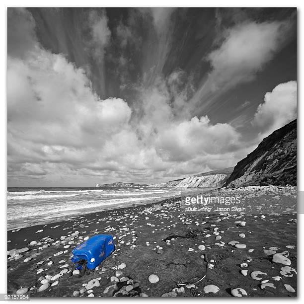 rise above plastics - s0ulsurfing stock-fotos und bilder