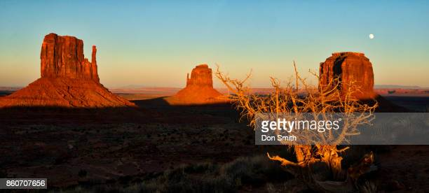 Rising Moon at Sunset, Monument Valley