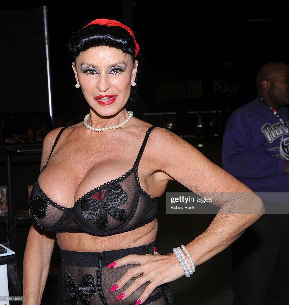 Rita Daniels Nude Photos 35