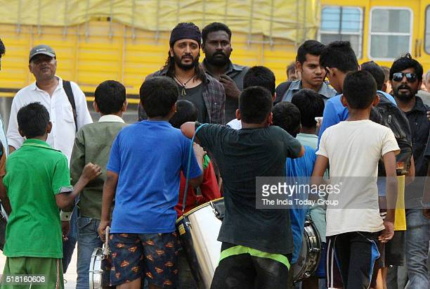 Ritesh Deshmukh spotted shooting for his upcoming movie Benjoin Mumbai