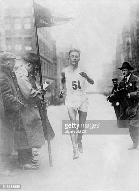Ritola Willie Sportsman Finland *18011896USA Illinois ChicagoFinnish longdistance runner winner of three Olympic gold medals and twotime worldrecord...