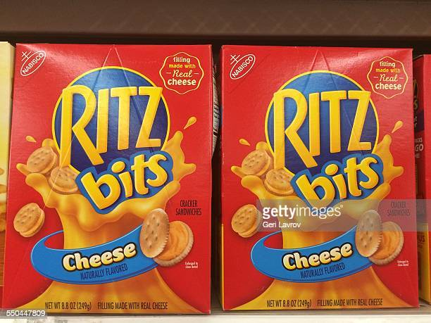 Ritz bits cheese crackers