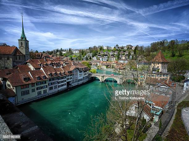 river aare running through bern, switzerland - ベルン ストックフォトと画像