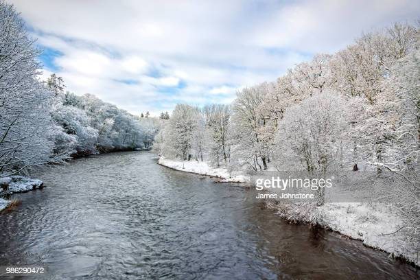 river annan during winter in dumfries and galloway, scotland. - galloway scotland stock pictures, royalty-free photos & images