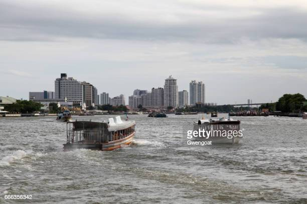 river boat taxi in bangkok - gwengoat stock pictures, royalty-free photos & images