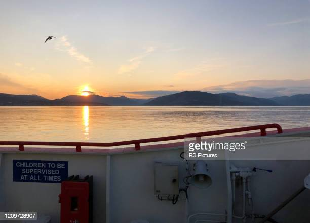 river clyde sunset - river clyde stock pictures, royalty-free photos & images