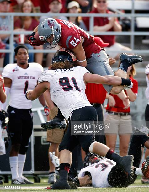 River Cracraft of the Washington State Cougars moves the ball against the Southern Utah Thunderbirds during the second quarter of the game at Martin...