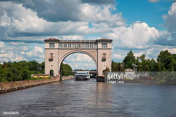 river cruise ship at uglich lock on volga river - volga stock pictures, royalty-free photos & images