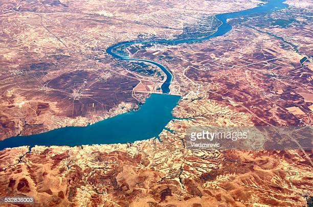 river dry mountains - euphrates river stock pictures, royalty-free photos & images