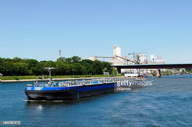 river fuel barge - ogphoto stock photos and pictures