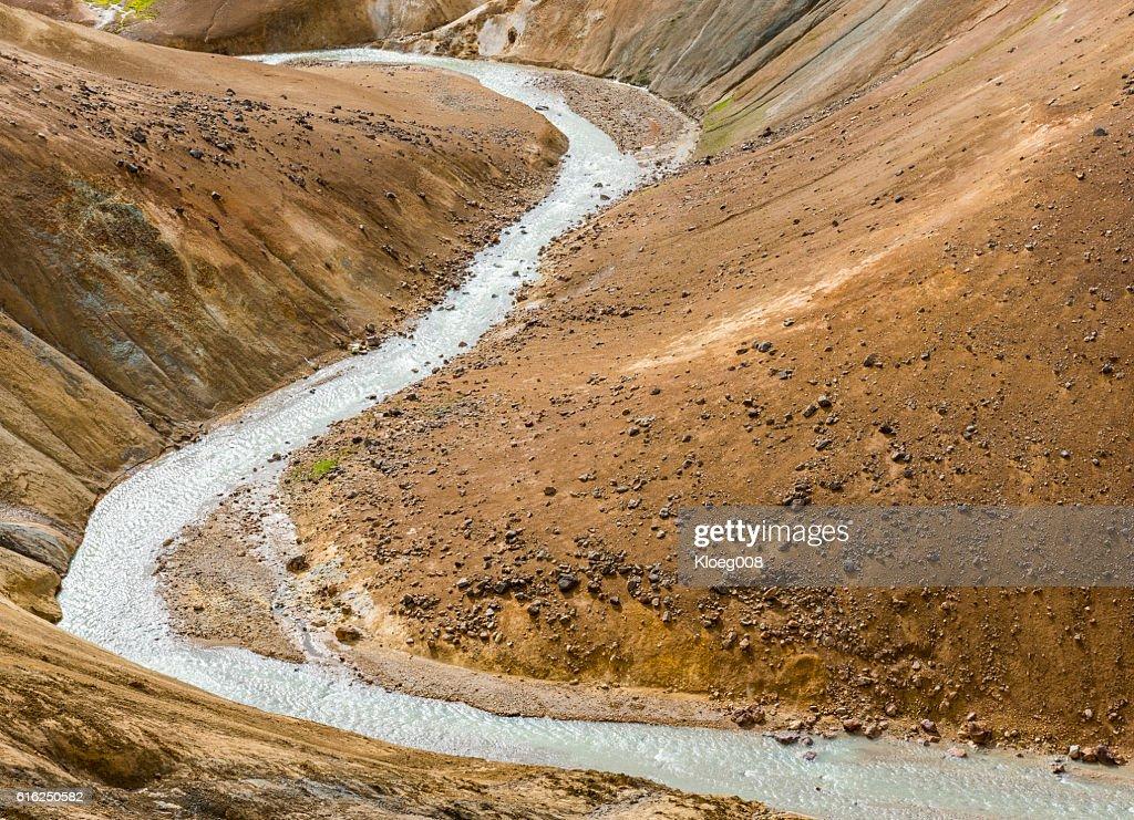 River in Orange Hills Kerlingarfjoll Iceland : Foto de stock