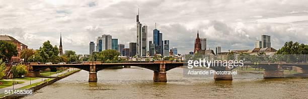 River Main, the Ignatz Bubis Brucke (bridge) and the city