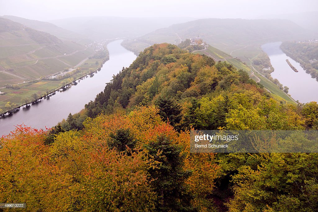River Moselle in Autumn : Stock-Foto