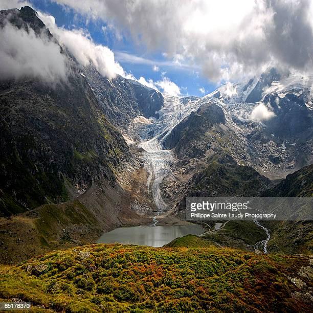 river of ice - gletscher stock-fotos und bilder