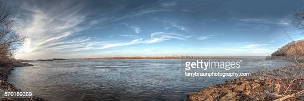 river pano - mississippi river stock pictures, royalty-free photos & images