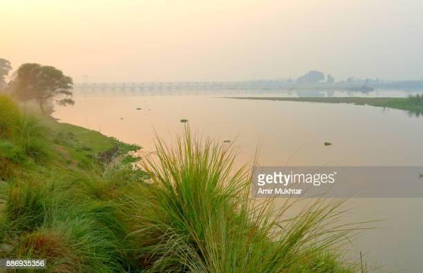 river ravi - amir mukhtar imagens e fotografias de stock