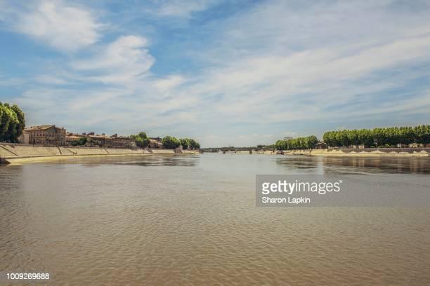 river rhone in arles - ワイドショット ストックフォトと画像