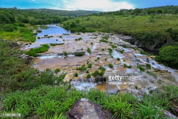 river running on the rocks - ミナスジェライス州 ストックフォトと画像
