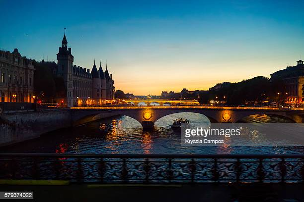 River Seine and Pont au Change by night