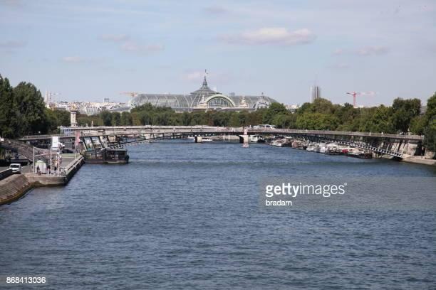 River Seine to the Grand Palais