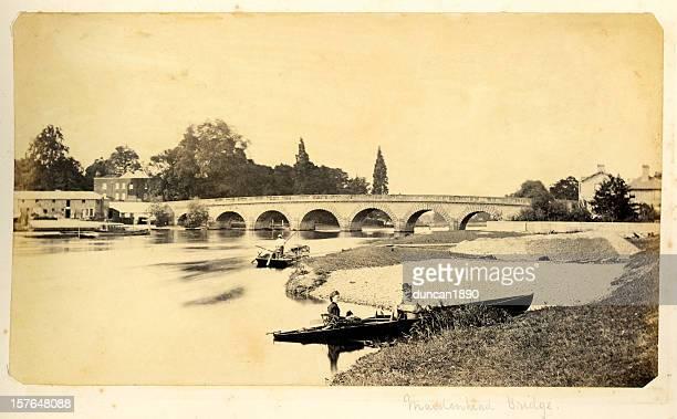 テムズ川で・メイデンヘッドブリッジ