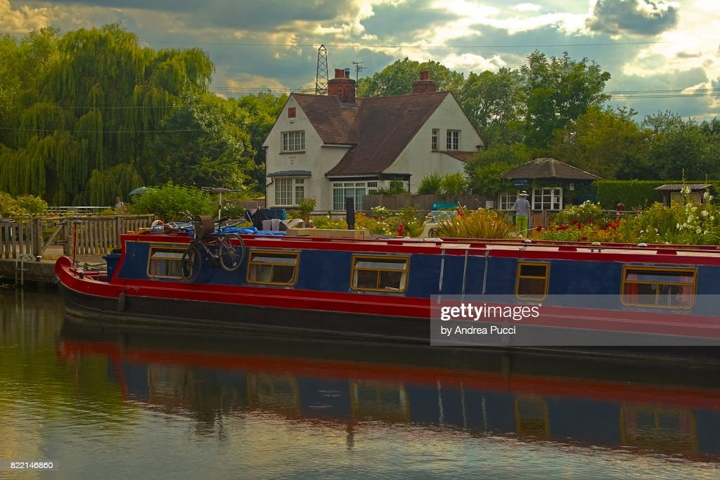 River Thames at Sandford-on-Thames, Oxfordshire, United Kingdom : Stock Photo