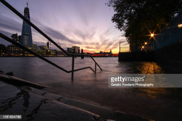 river thames landscape - drain stock pictures, royalty-free photos & images